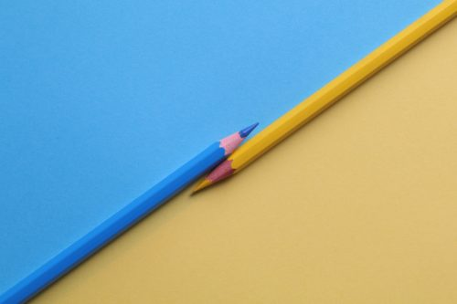 yellow-and-and-blue-colored-pencils
